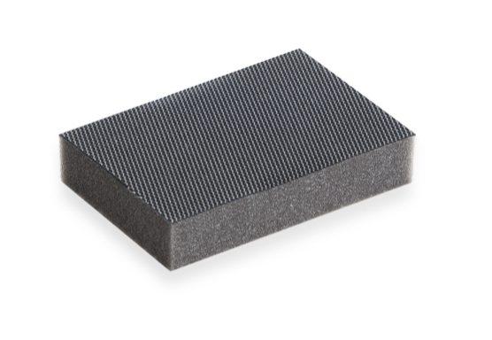 Sintetico abrasivo antigraffio nero  Codici: AP762